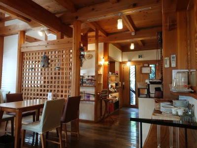 子連れ歓迎カフェ・RENO cafeの店内1