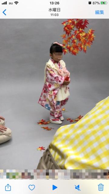 スタジオマリオで和装の撮影をする我が子